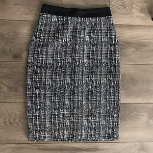 Halogen Black and White Pencil Skirt Size 0